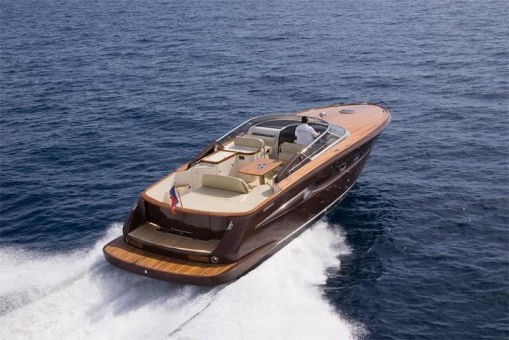 Rental yacht Saint-Raphaël - MOTOR YACHT 42 42 on SamBoat