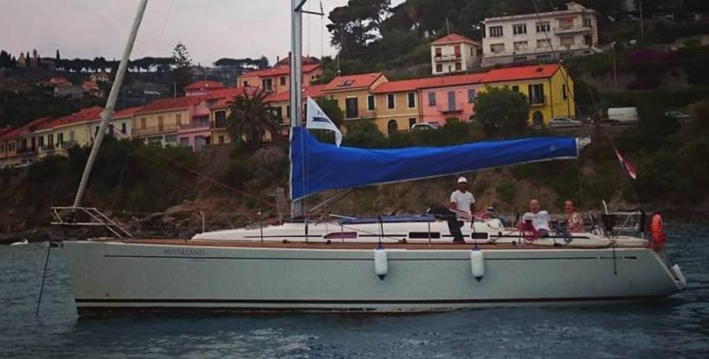 Rental yacht Sanremo - Cantiere Del Pardo Grand Soleil 40 on SamBoat