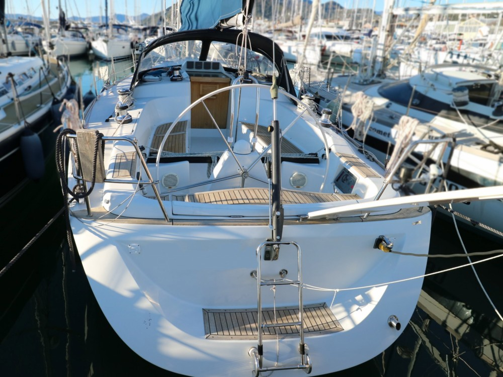 Rental Sailboat Cantiere Del Pardo with a permit