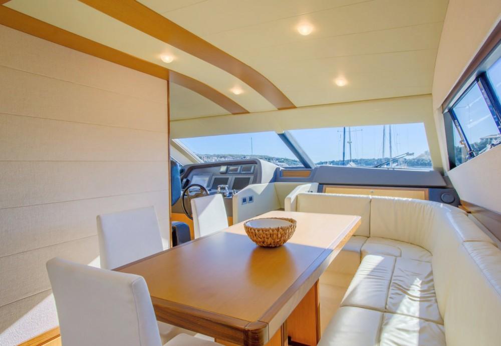 Boat rental Ferretti-Yachts-Group Ferretti Yachts 681 in Grad Rijeka on Samboat