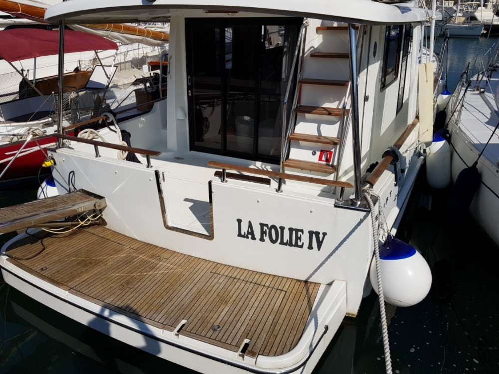 Rental yacht Puntone di Scarlino - Bénéteau Swift Trawler 44 on SamBoat