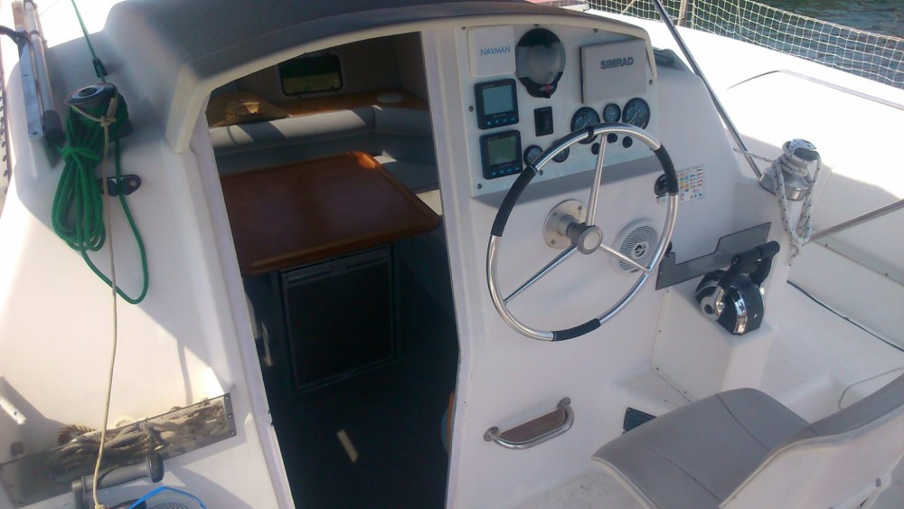 Rental Catamaran Pradere & Fills with a permit