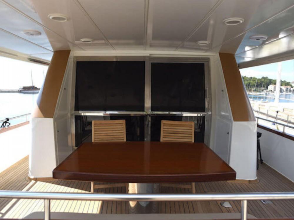 Rental yacht Split -  M/Y Blanka on SamBoat