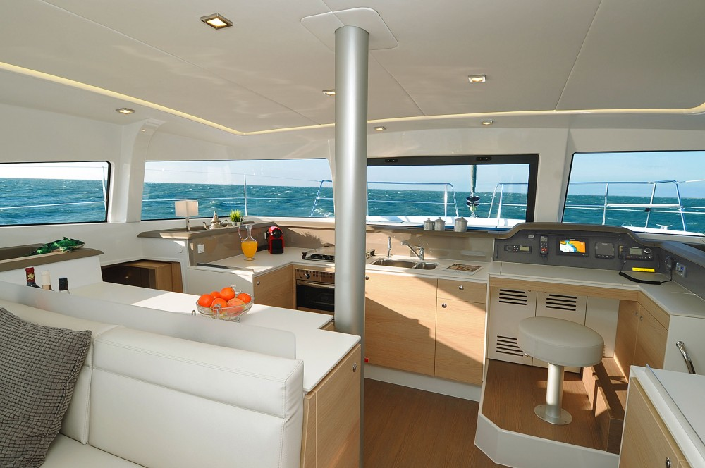 Hire Catamaran with or without skipper Bali Salerno