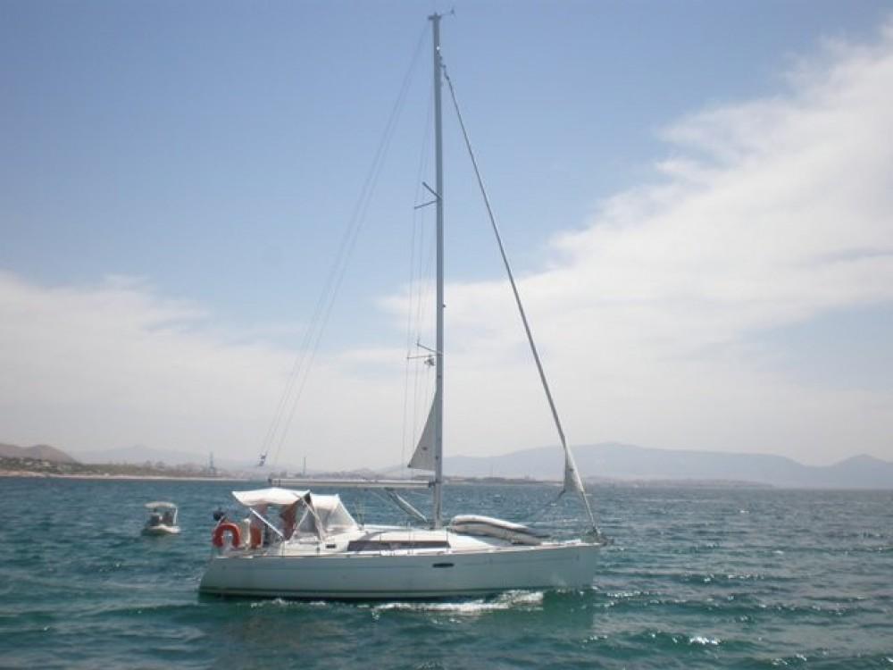 Rental Sailboat in Atene - Bénéteau Oceanis 34