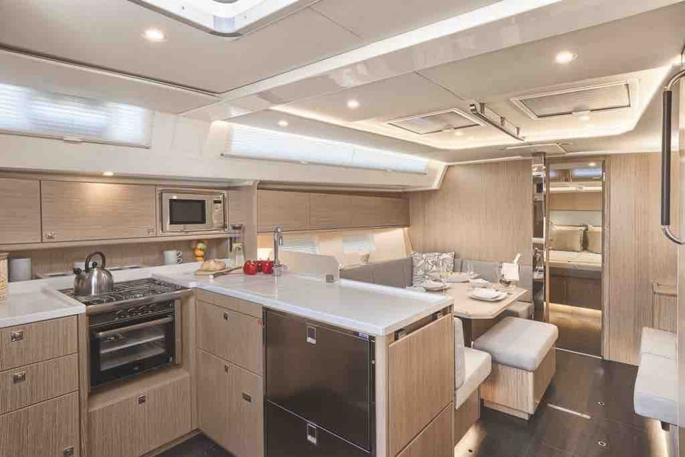 Rent a Bavaria Bavaria Cruiser 45 เกาะสมุย