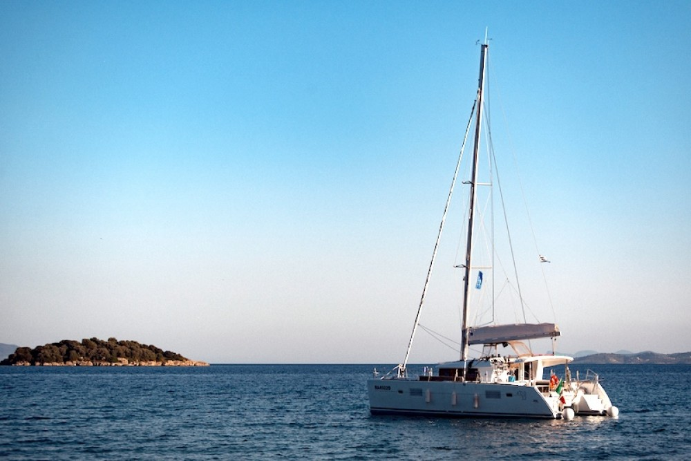 Boat rental Peloponnese, Western Greece and the Ionian cheap Lagoon 400 S2