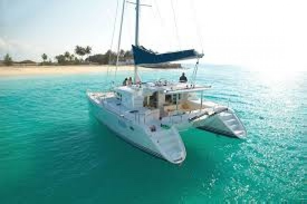 Hire Catamaran with or without skipper Lagoon เกาะสมุย