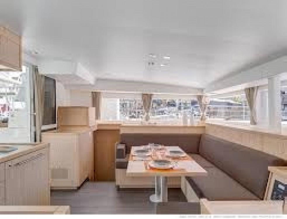 Rental yacht Thailand - Lagoon Lagoon 400 S2 on SamBoat