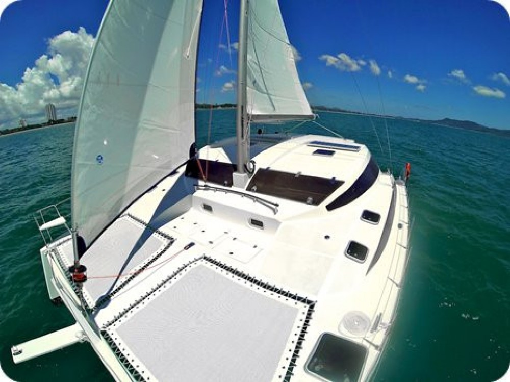 Boat rental Ko Samui cheap Island Spirit 38