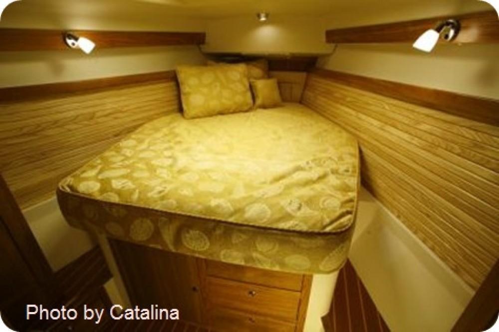Boat rental Ko Samui cheap catalina 375