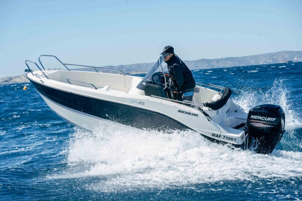 Rental yacht Marseille - Quicksilver Activ 455 Open on SamBoat