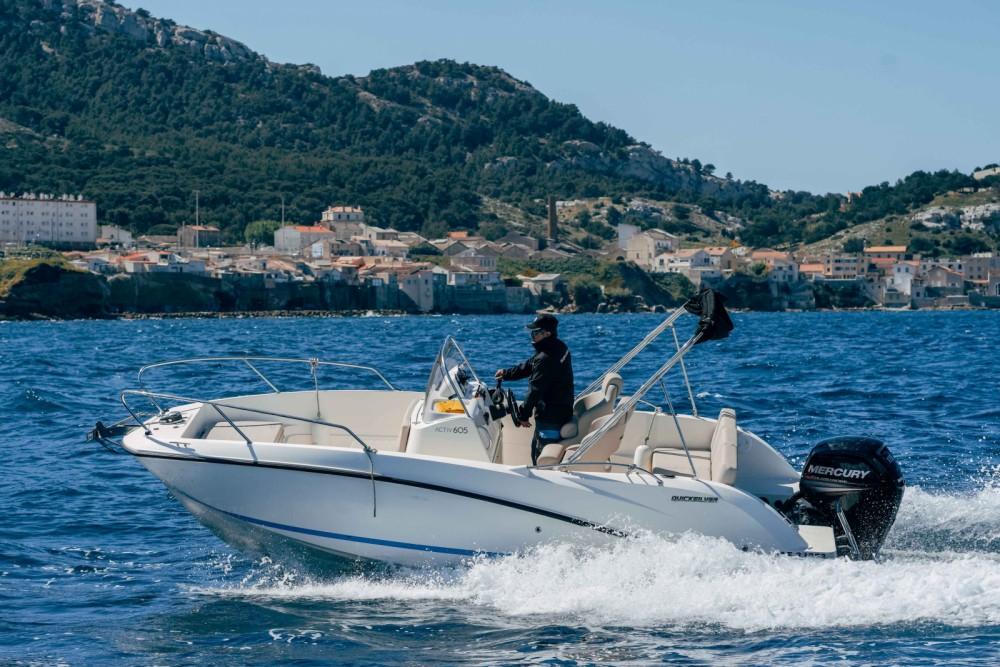 Rent a Quicksilver Activ 605 Open Marseille