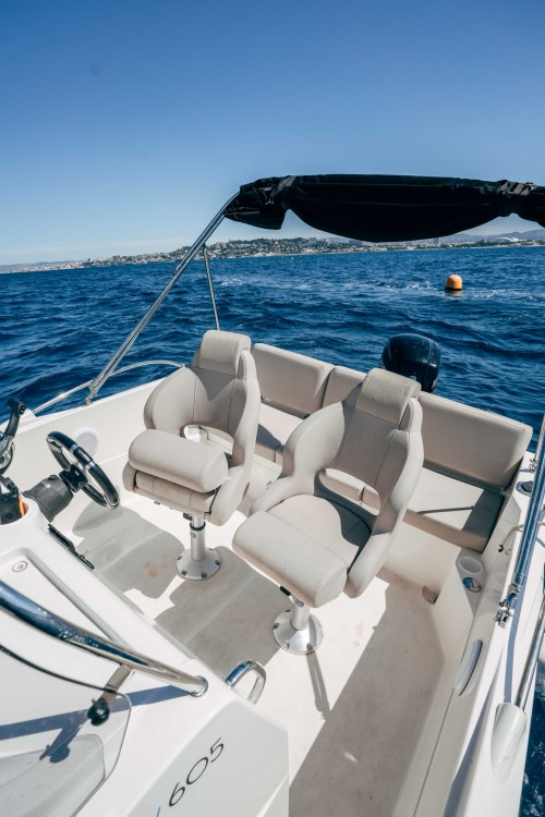 Rental yacht Marseille - Quicksilver Activ 605 Open on SamBoat