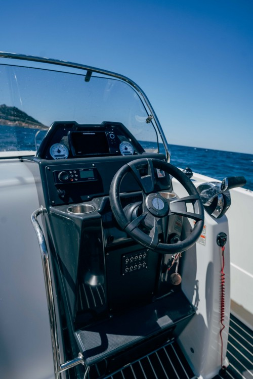 Quicksilver Activ 755 Open between personal and professional Marseille