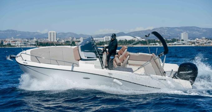 Rental Motorboat in Pointe-Rouge - Quicksilver Activ 755 Sundeck