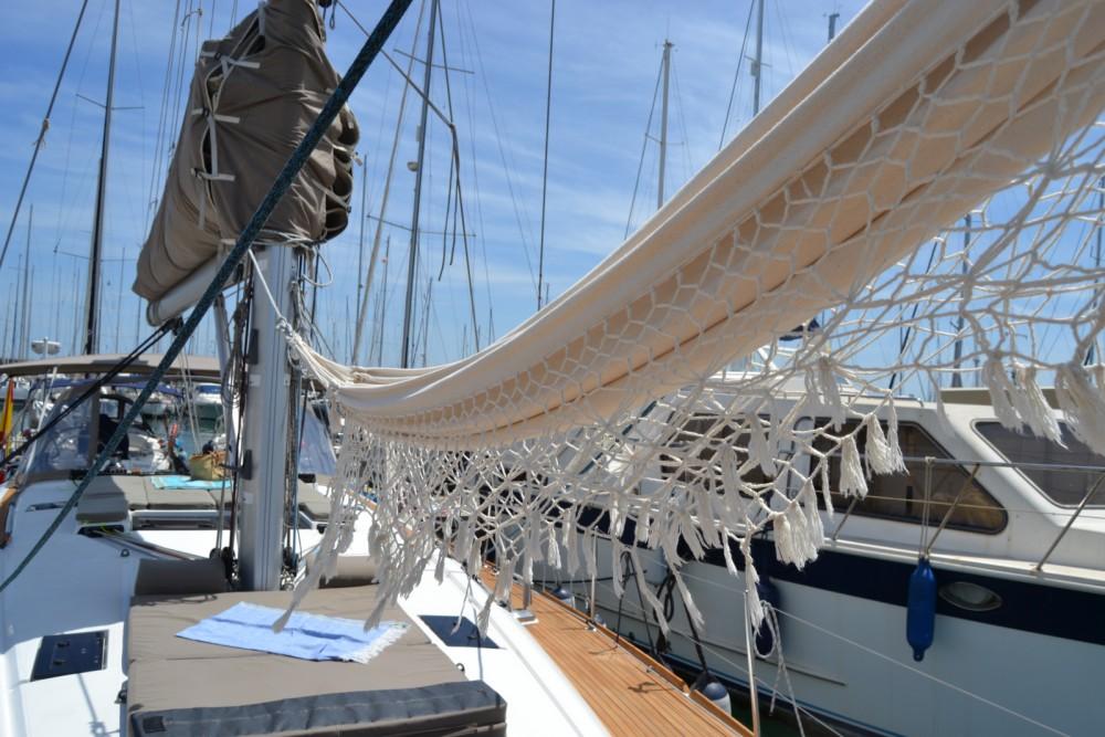 Rental yacht Valencia - Jeanneau Sun Odyssey 509 on SamBoat