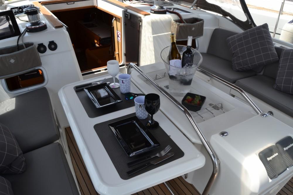 Rent a Jeanneau Sun Odyssey 509 Valencia