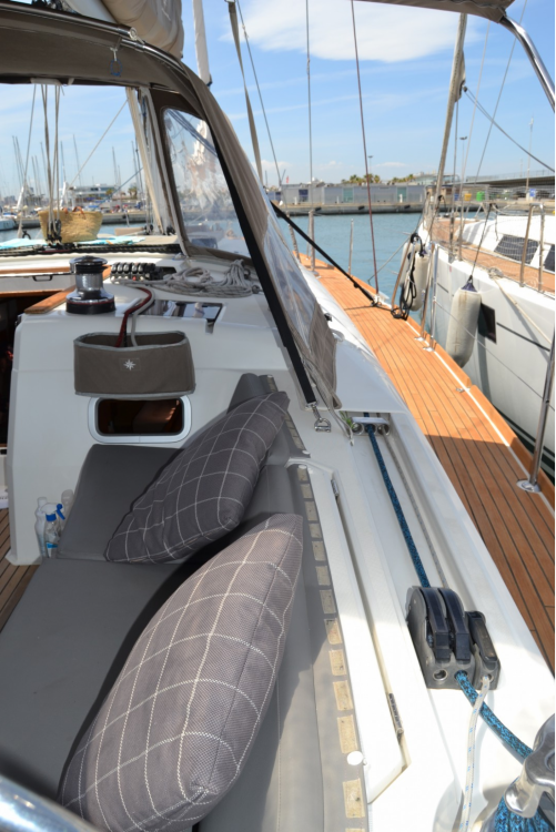 Sailboat for rent Sant Antoni de Portmany at the best price