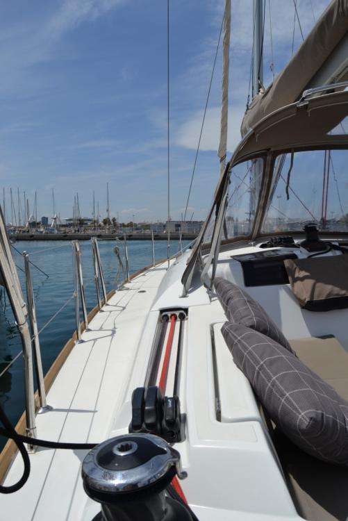 Boat rental Valencia cheap SUN ODYSEEY 449