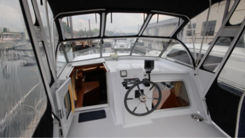 Yacht for rent Maasdriel at the best price