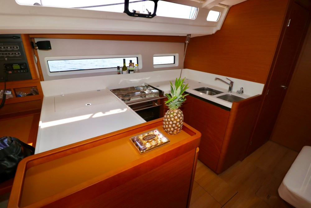Rental Sailboat in Croatia - Jeanneau Sun Odyssey 440
