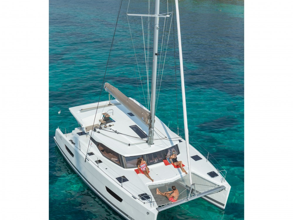 Boat rental Fountaine Pajot Lucia 40 (4cab./2hds) in Mindelo on Samboat