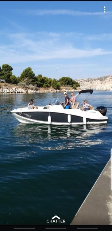 Boat rental Brunswick-Marine QUICKSILVER 605 OPEN in Marseille on Samboat