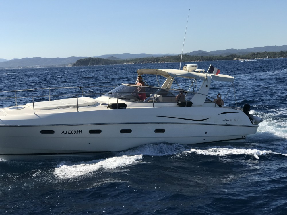 Hire Motorboat with or without skipper Fiart Saint-Tropez