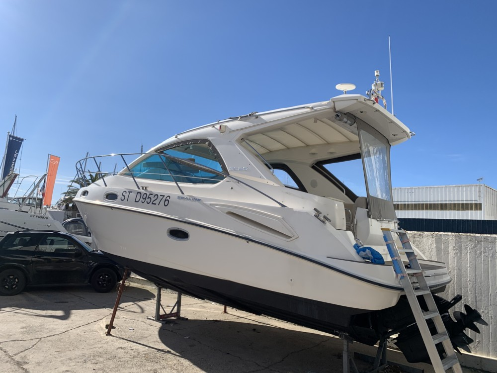 Hire Motor boat with or without skipper Sealine Marseille