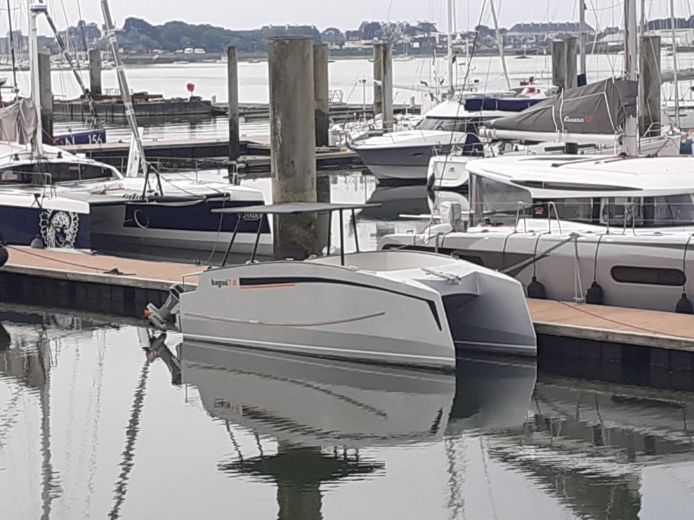 Hire Motor boat with or without skipper BAGOU BOATS Lorient