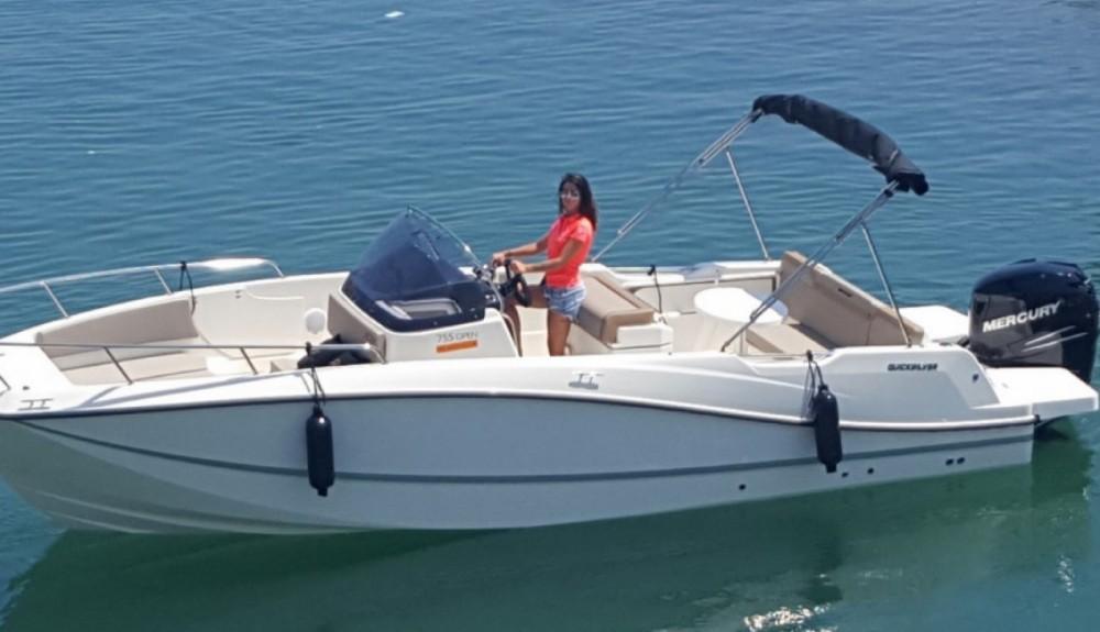 Rental Motorboat in Marseille - Quicksilver Activ 755 Open
