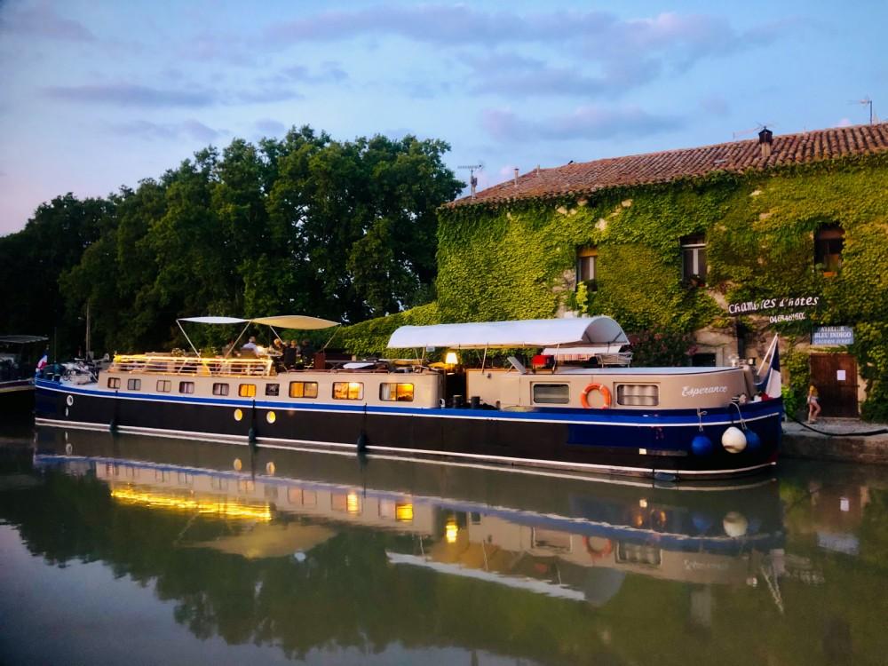 Boat rental Carcassonne cheap Canal du midi