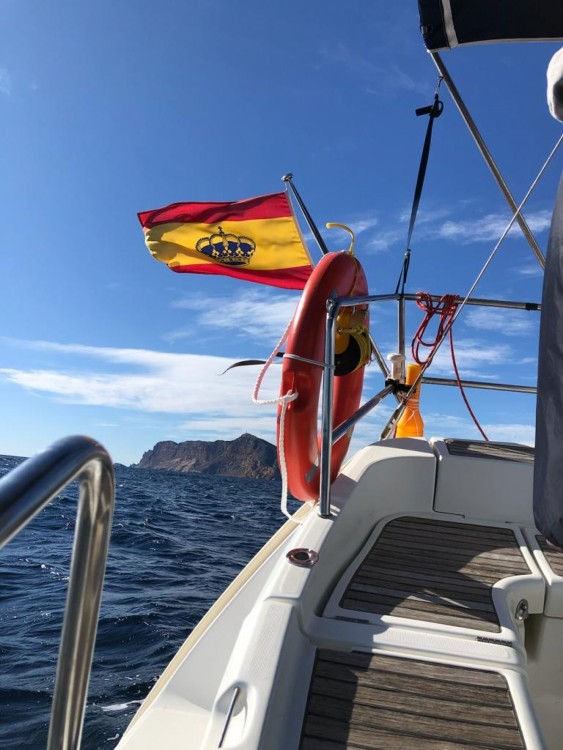 Hire Sailboat with or without skipper Bénéteau Altea