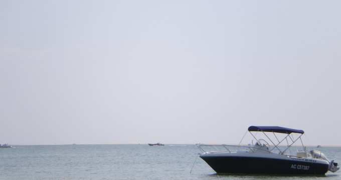 Hire Motorboat with or without skipper Bénéteau Cazaux