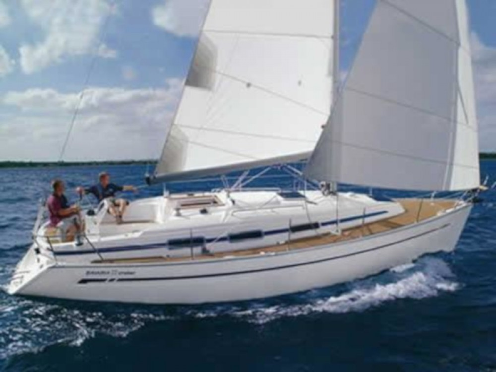 Rental Sailboat in Lefkada - Bavaria Bavaria 32