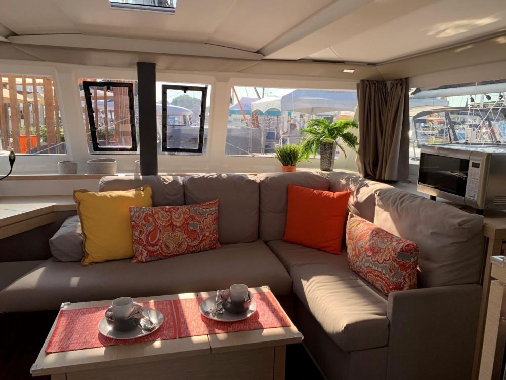 Boat rental US Virgin Islands cheap Lucia 40