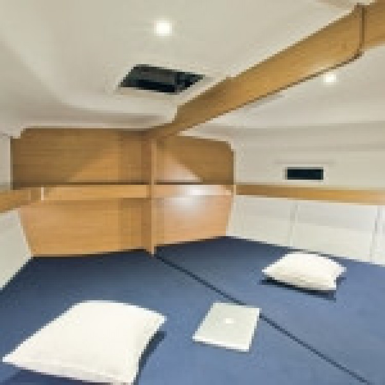 Hire Sailboat with or without skipper Elan Spain