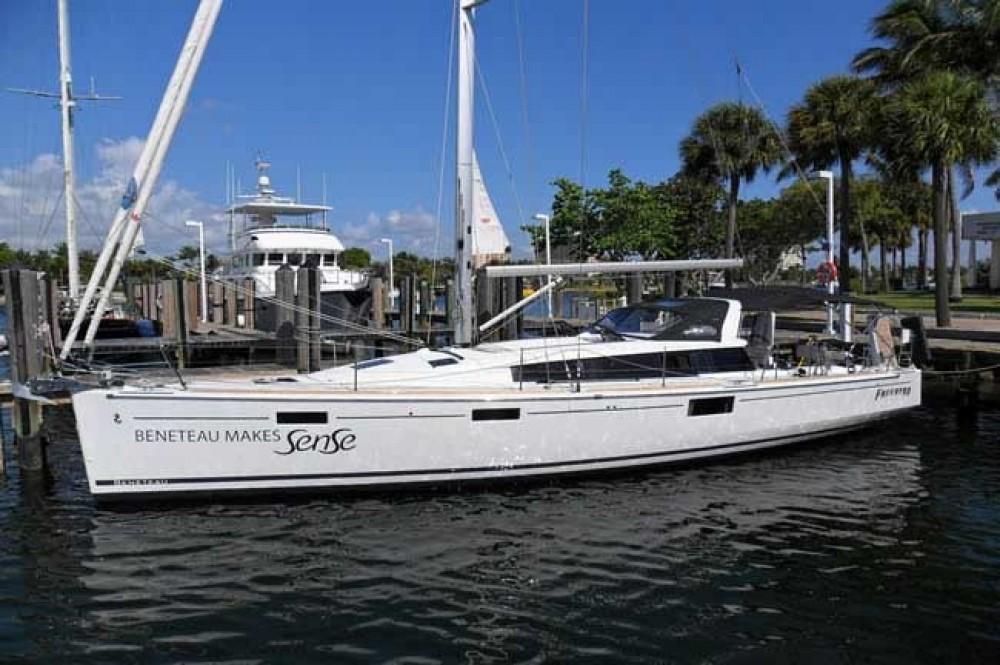 Bénéteau Sense 43 between personal and professional Fort Lauderdale