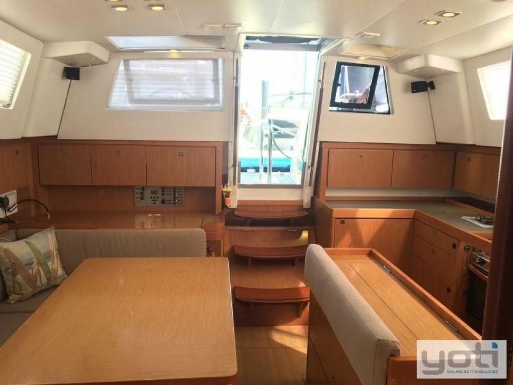 Rental Sailboat in Fort Lauderdale - Bénéteau Sense 43