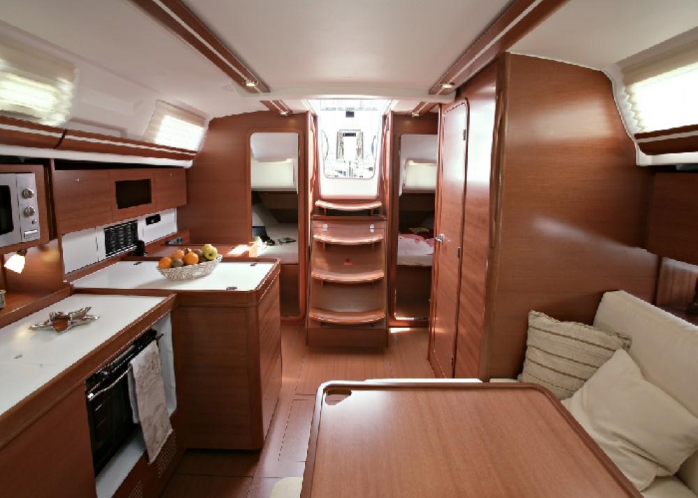 Rental yacht Dalsbruk - Dufour Dufour 375 Grand Large on SamBoat
