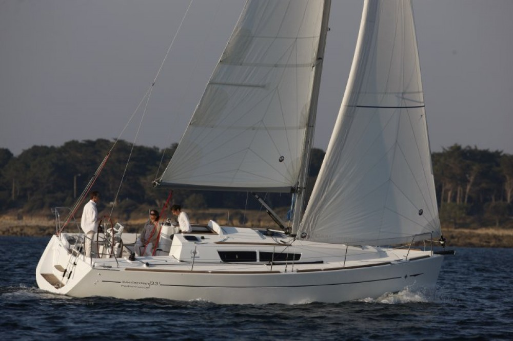 Hire Sailboat with or without skipper Jeanneau Dalsbruk