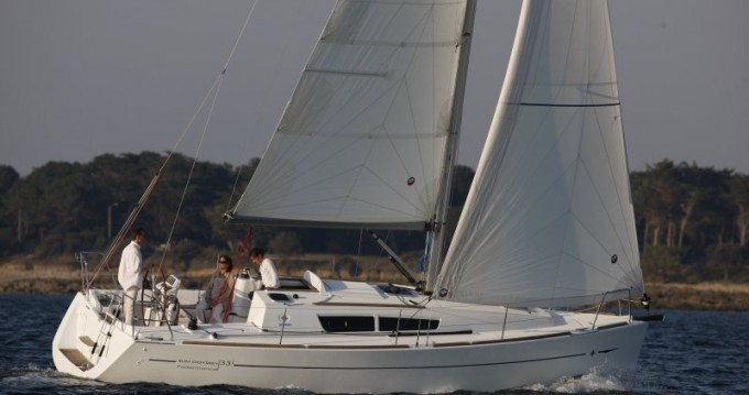 Rental yacht Dalsbruk - Jeanneau Sun Odyssey 33i on SamBoat