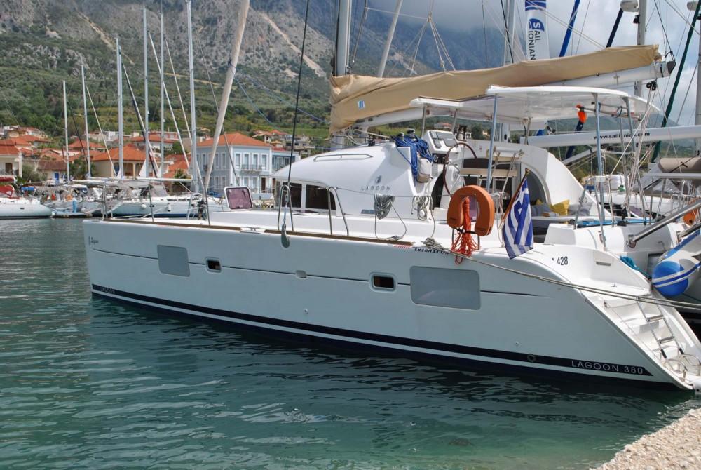 Rental Catamaran in Kalafationes - Lagoon Lagoon 380