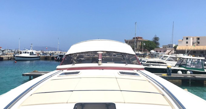 Rental Motorboat Cantieri Del Golfo with a permit