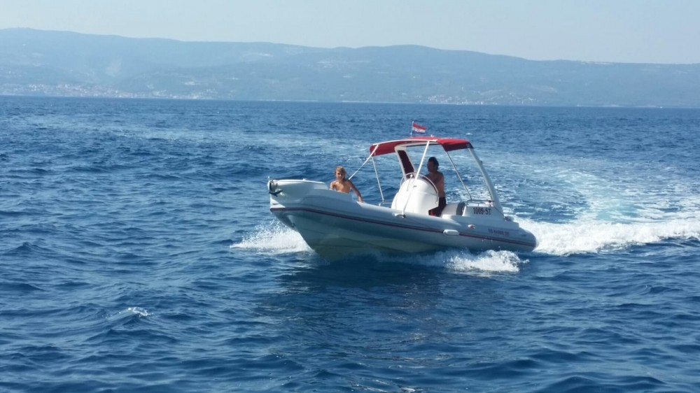 Hire RIB with or without skipper Ris Marine Omiš