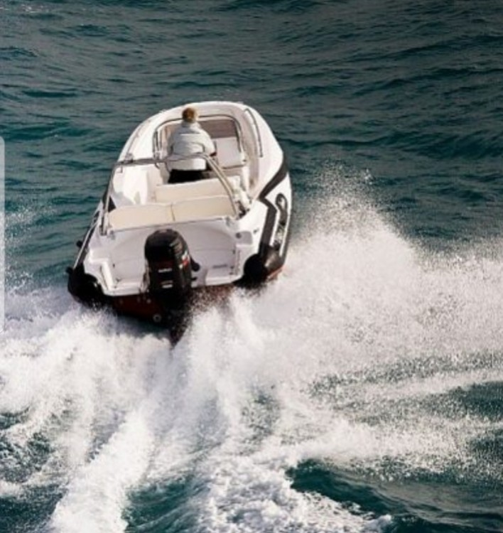 Hire RIB with or without skipper Zar Formenti Duće