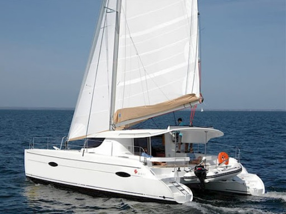 Boat rental Fountaine Pajot Fountaine Pajot Lipari 41 in Marmaris on Samboat