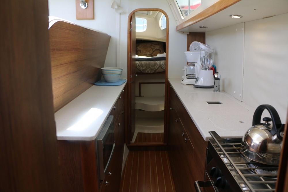 Boat rental Gemini Gemini Legacy 35 in Road Town on Samboat