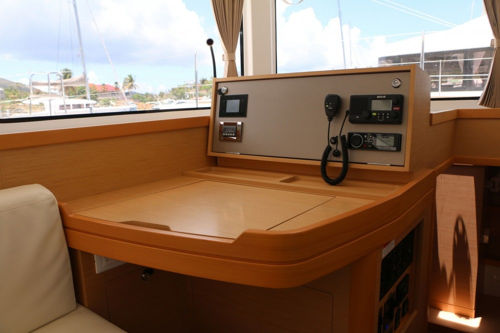 Rental Catamaran in Road Town - Lagoon Lagoon 42